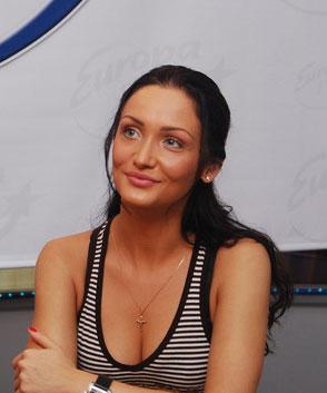 Совершенно голая Меседа Багаудинова и другие знаменитости на Starsru.ru